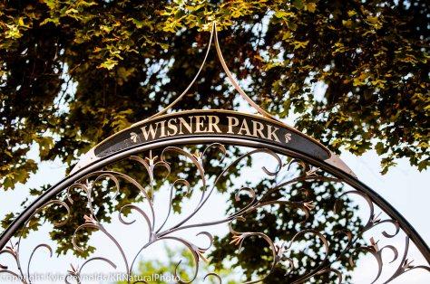 Wisner Park (sign)